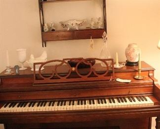 Cable Nelson piano and decorative items
