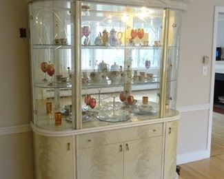 China Cabinet, View from the left, EXCLUDING contents of cabinet