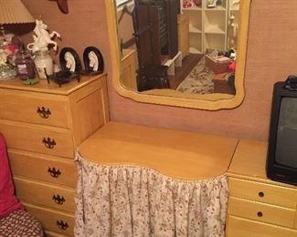 Vanity/Mirror