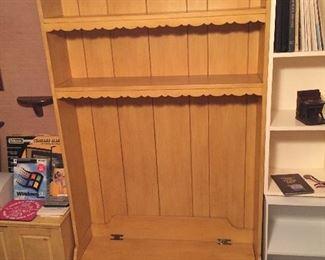 Storage Box/Shelves