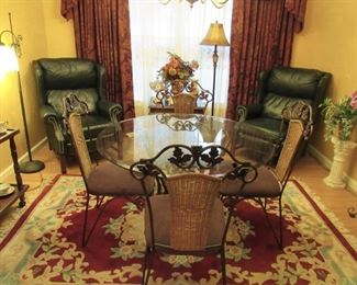 Round Glass Top dinning  table and 4 chairs