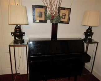 Pristine Kawai piano