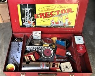 ANTIQUE CHILD'S ERECTOR SET IN ORIGINAL METAL CASE COMPLETE WITH INSTRUCTIONS.