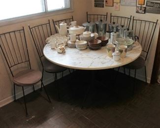 Vintage round dining table and 6 chairs, needs a little TLC