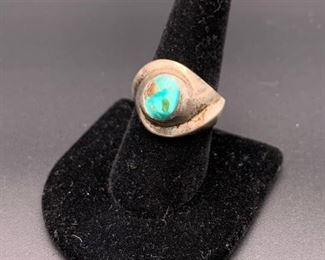Vintage sterling silver and turquoise ring, Mexico