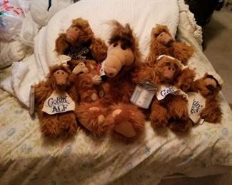 Alf puppets