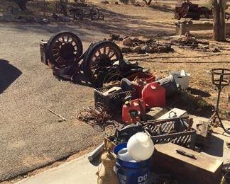 Wagon wheels and mixed tools
