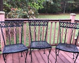 Set of 5 wrought iron chairs