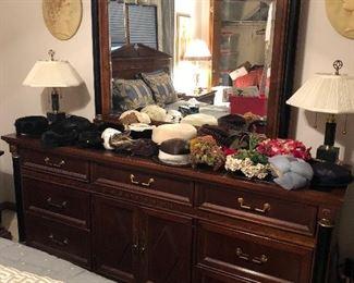 Stanley Dresser,  Ladies Hats