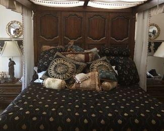 Henredon Bed