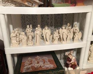 Lenox Nativity Pieces,  no baby