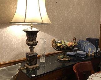 Fabulous Urn Lamp