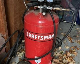Craftsman  15 gal upright Air Compressor