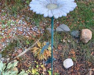 Metal Flower Yard Art