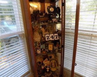 Lot 247 - All Contents of Cabinet