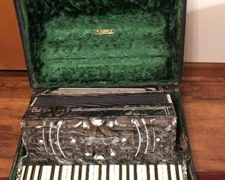 Vintage N Horner German accordion-excellent case and condition!