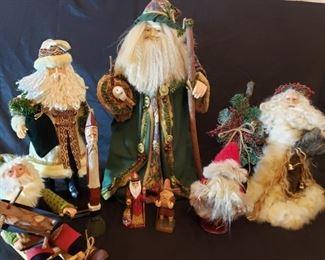 001 Rustic Santas