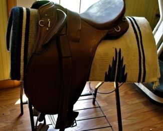 Endurance Saddle/ Australian- Perfect for Trail Rides, Endurance or Cross Country Meets