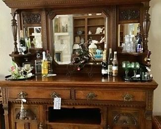 Vintage Bar/Server with a Mirrored Back.  Beautiful details