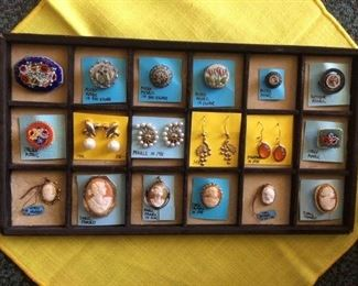 ITALIAN MICRO-MOSAICS, GOLD EARRINGS & CAMEOS