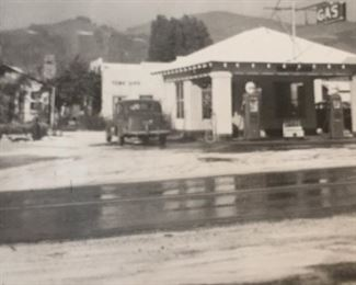 LaSalle's in the winter of 1949, when it snowed in Ventura.  LaSalle's is an iconic property in Casitas Springs that started out in the 1930s as a lumber & hardware store and eventually became also a second hand store.  The LaSalle's property included both the commercial operation and adjacent to it their residence.