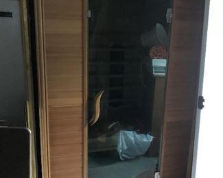 Full Size Sauna !! $ 950.00 - Works !!