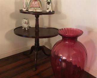 two tier 1/2 table - check out the size of vase