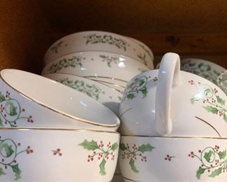 Set of Christmas dishes. Set of 10 place settings