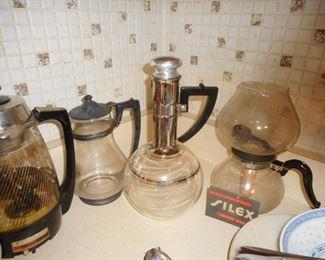 Mid Century Coffee Peculator