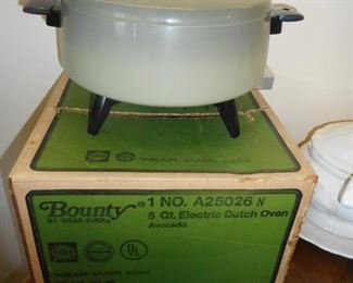 Bounty Dutch Oven..original Box