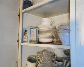 OPEN the Cabinets in Laundry Room