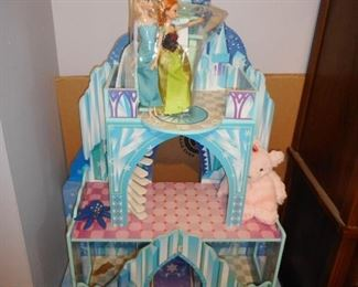 Frozen Castle Doll House with Furniture and 2 Dolls