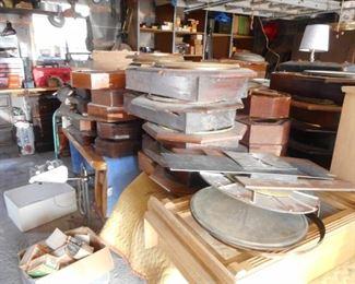 GARAGE!! Broken Clock Cases Clocks