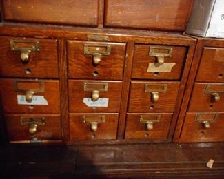 Vintage Oak Remington Rand Library Div Card Catalog 9 Drawers ( There are 2)