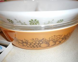 Pyrex Divided. Pyrex Old Orchard Covered Casserole