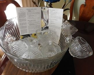 Vintage Punch Bowl..Holidays are coming!!