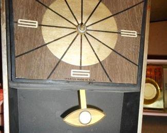 Mid Century Spartus Electric Wall Clock