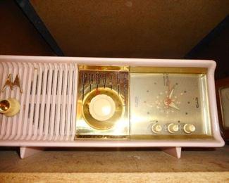 Mid Century Motorola Clock Radio...PRETTY PINK!!
