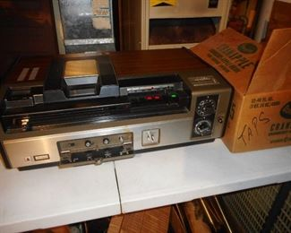 GIANT Quasar Video Recorder..With Box..The Cassettes are HUGE too