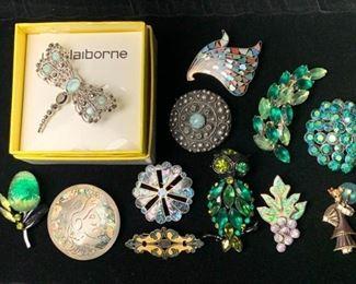 Pins in Hues of Green https://ctbids.com/#!/description/share/271257