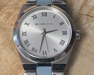 Michael Kors Watch #1 https://ctbids.com/#!/description/share/271273
