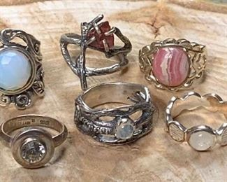 Pretty Little Silver Rings https://ctbids.com/#!/description/share/271233