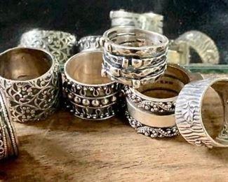 Rings Aplenty https://ctbids.com/#!/description/share/271194