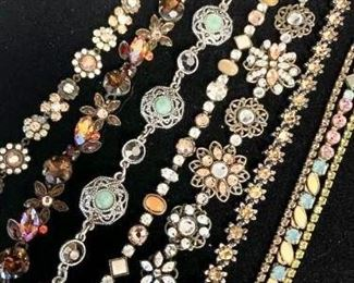 Pretty Vintage Looking Bracelets https://ctbids.com/#!/description/share/271270