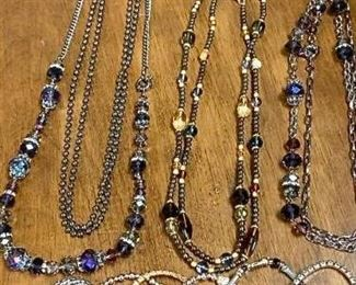 A Jewelry Mix https://ctbids.com/#!/description/share/271289