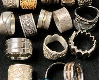 Mystery Rings of all kinds https://ctbids.com/#!/description/share/271298