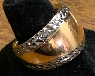 14K Rose Gold Ring https://ctbids.com/#!/description/share/271219