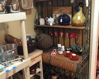 Wrought Iron Bakers/Wine Rack