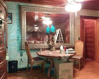 NOW ON TO THIS HUGE AND I MEAN HUGE MIRROR IN A MASSIVE FRAME! WHAT CAN I SAY BUT WOW! AND BRING SOME HELP!!! AND A BIG TRUCK!