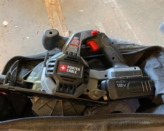 Porter Cable 18 volt circular saw and drill kit
